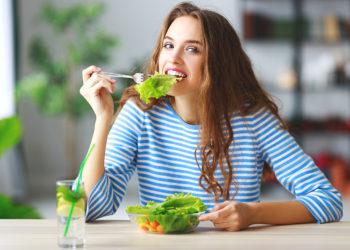 7 trucuri care te vor ajuta să mănânci mai sănătos
