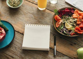 Cum îți planifici mesele – ghid pentru începători