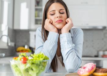 Psihologia mâncării – de ce apar poftele și ce e de făcut cu ele